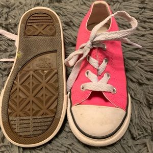 Converse Sz 7 Hot Pink Girl